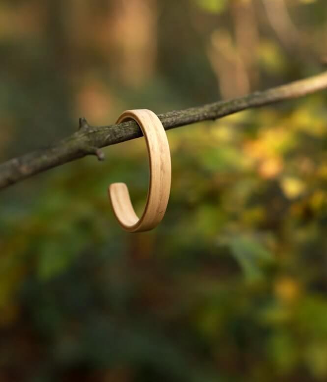 Abies - drevený náramok